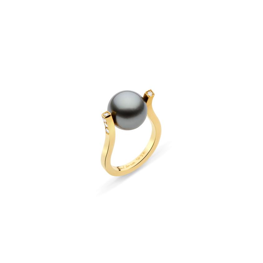 Elegant 18k Yellow Gold Diamond & Tahitian Pearl Ring – Twist Ring | Yael Sonia