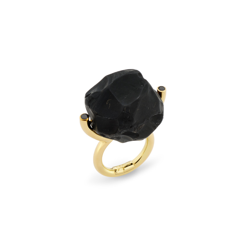 Gold, Black Diamond & Large Onyx Ring – Hammered Brilliant Fancy Ring | Yael Sonia