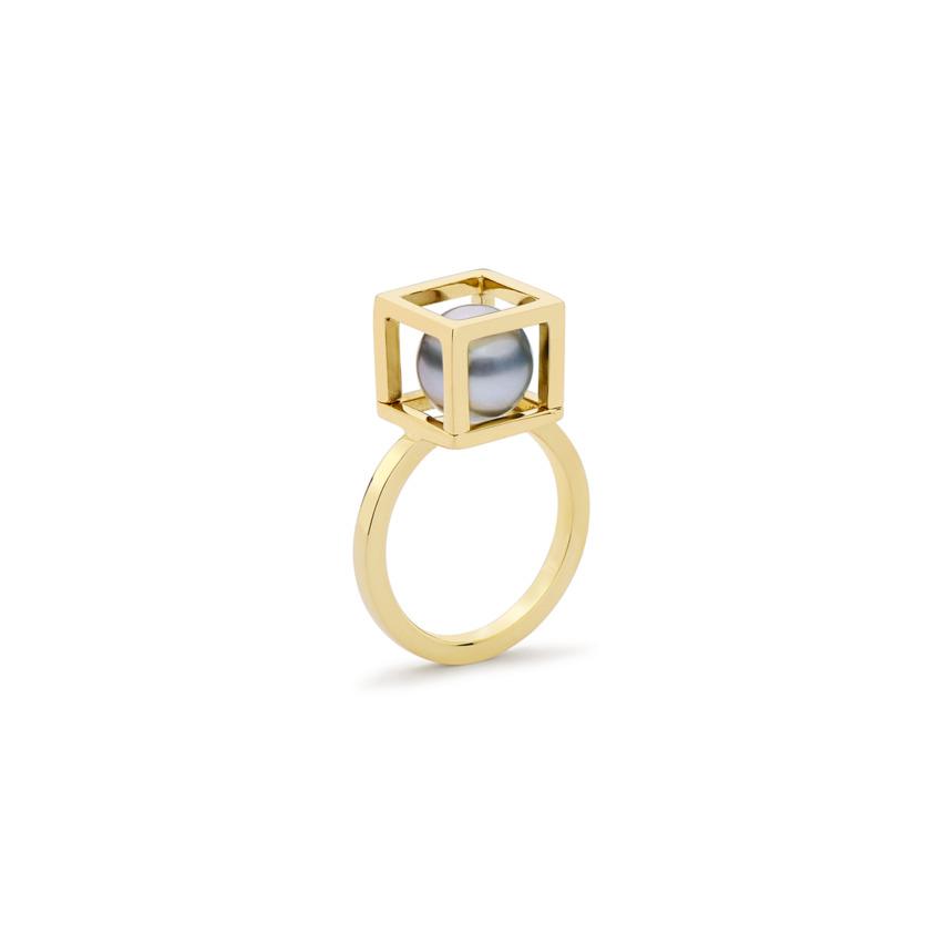 18k Yellow Gold Cube, Tahitian Pearl Ring – Solo Ring 10mm | Yael Sonia