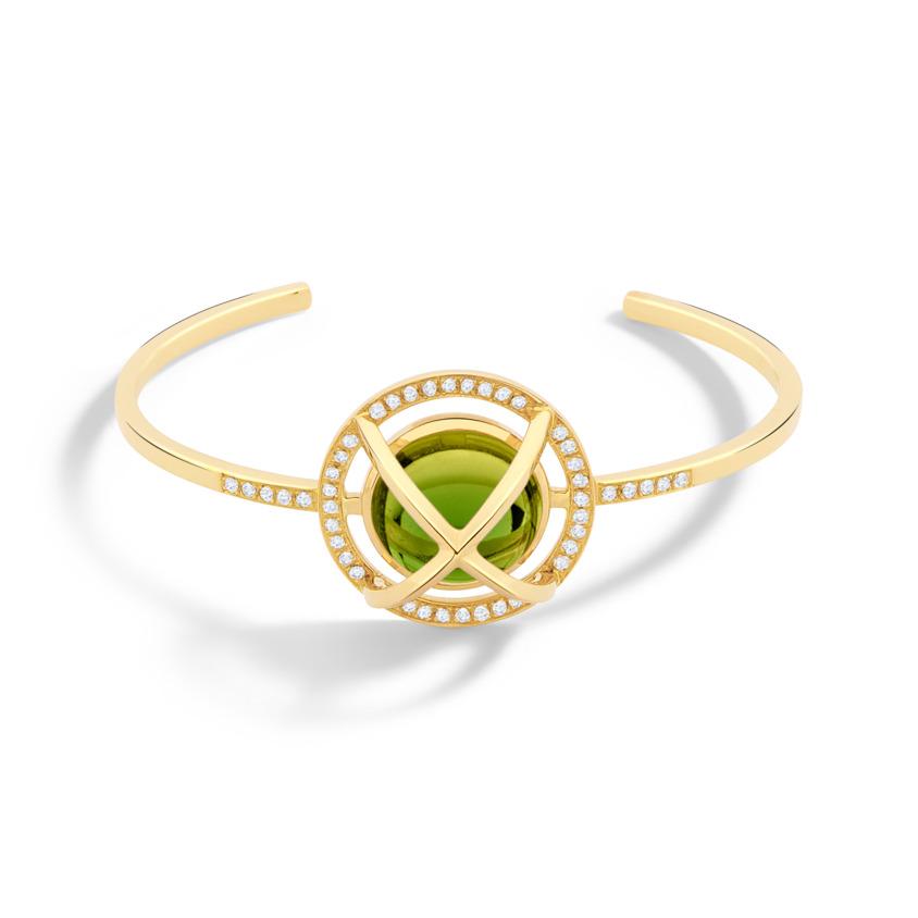 Diamond & Round Green Tourmaline Cabochon Cuff Bracelet Gold – Meteor Brilliant Medium Cuff | Yael Sonia